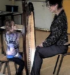 Poismans Kathinka Foto behorende bij onderzoek Timing in muziektherapie bij kinderen met autisme - promotie en post doc